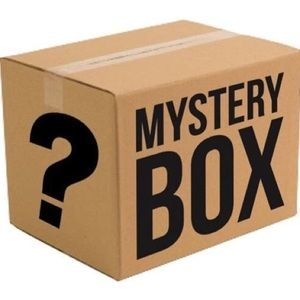 12 PIECE MYSTERY BEAUTY BOX + 4 SAMPLES!